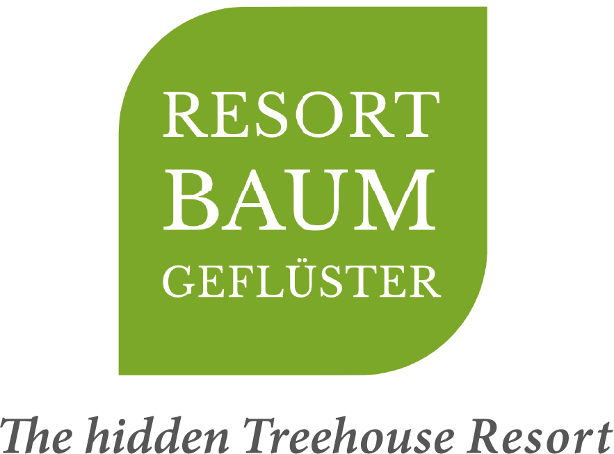 Perfect match: sustainable wedding suits & Resort Baumgeflüster. Sustainability and naturalness go hand in hand.